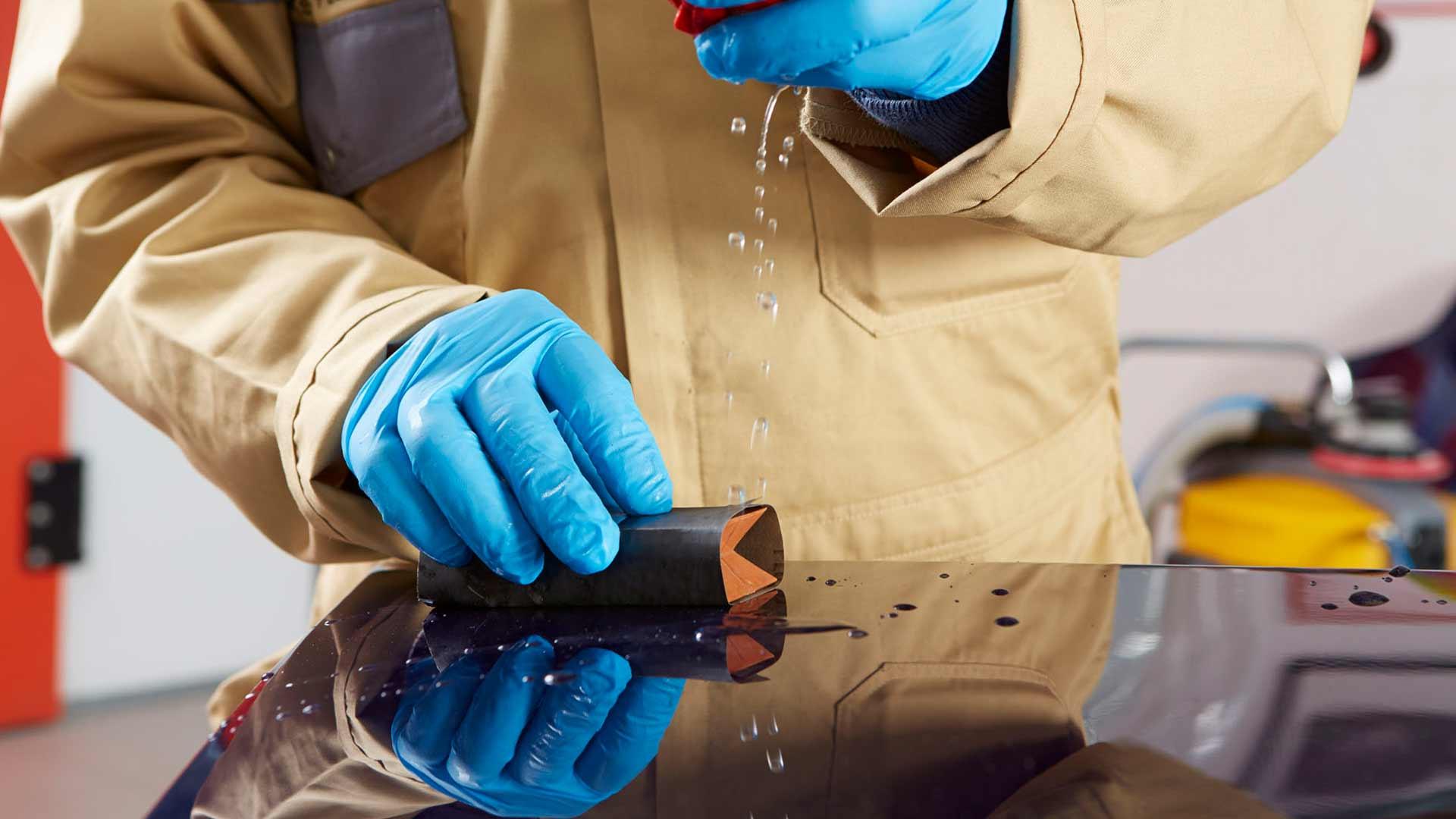 Abrasivos INDASA folha Rhynowet Plus Line a lixar com água