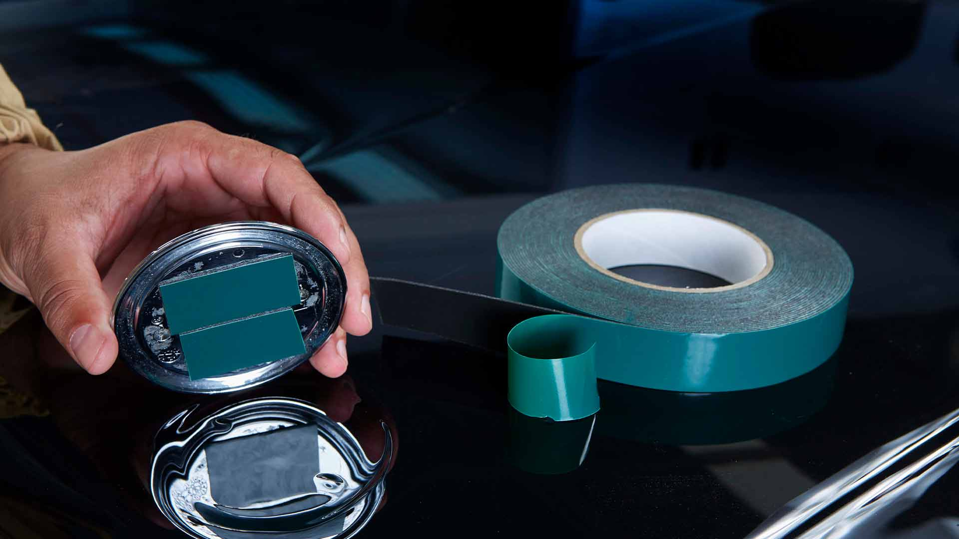 INDASA Abrasives Double Sided Moulding Tape applying on car
