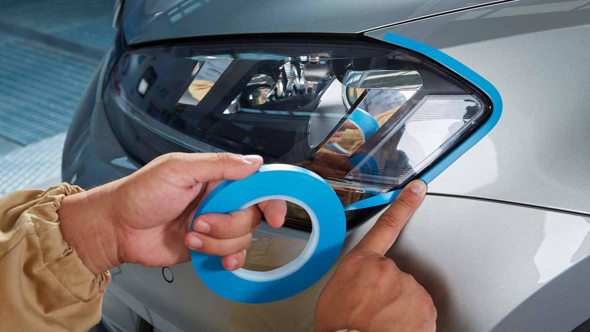 INDASA Abrasives Fine Line Blue Tape applying on car